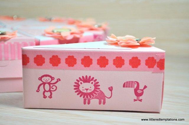 http://littleredtemptations.com/2015/07/05/teatime-ab-ins-freie-picknickzeit/